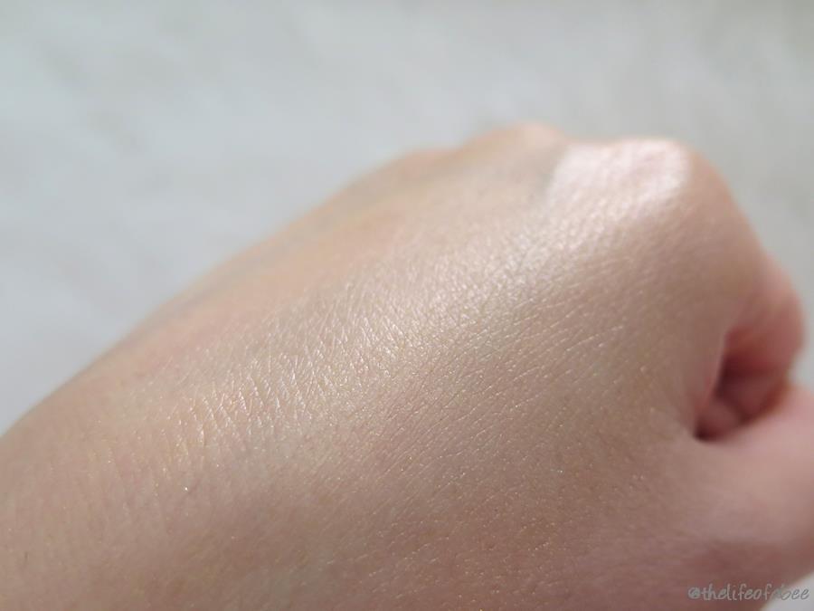 nacomi shiny skin olio corpo polvere d'oro