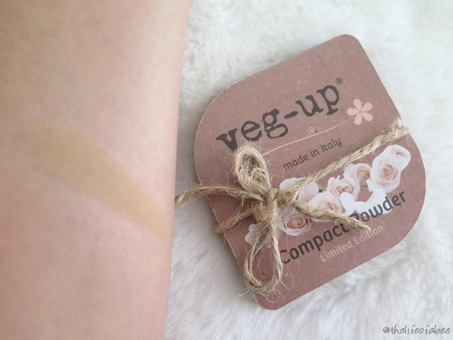 vegup compact powder swatch