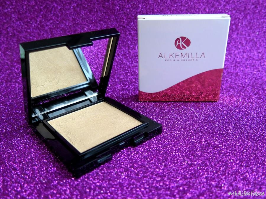 alkemilla velvet foundation 2 recensione swatch farmacia verde