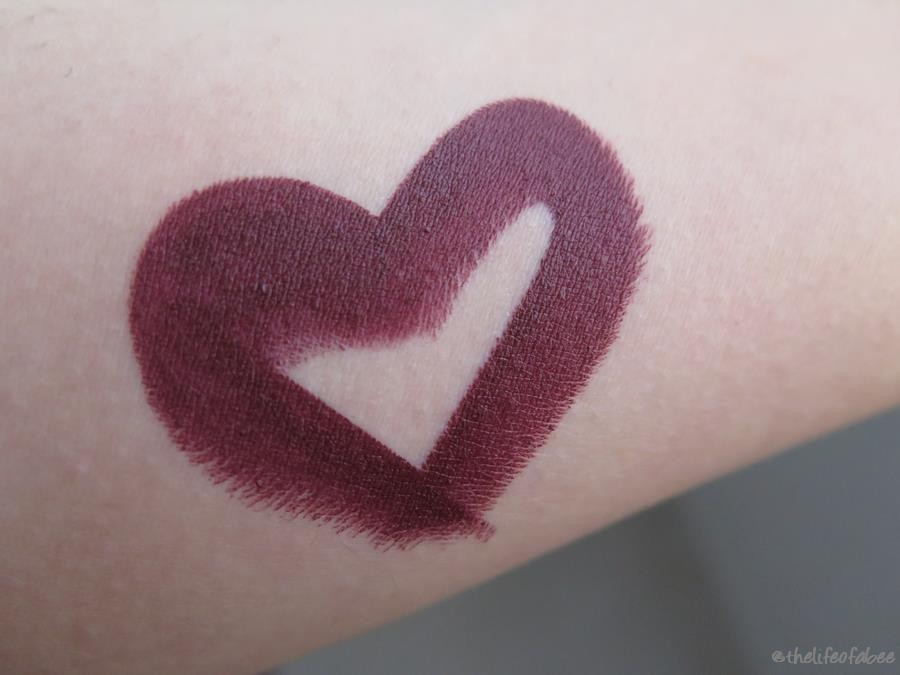 nouveau cosmetics grape recensione swatch