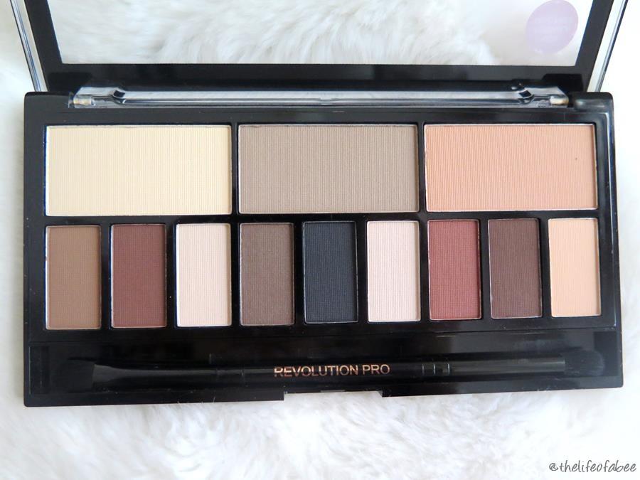 recensione Ultra Eye Contour Light & Shade Palette makeup revolution