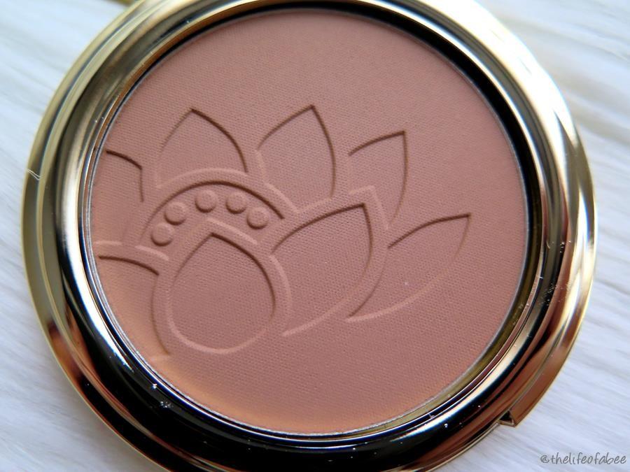 lakshmi recensione swatch bronzer light terra abbronzante