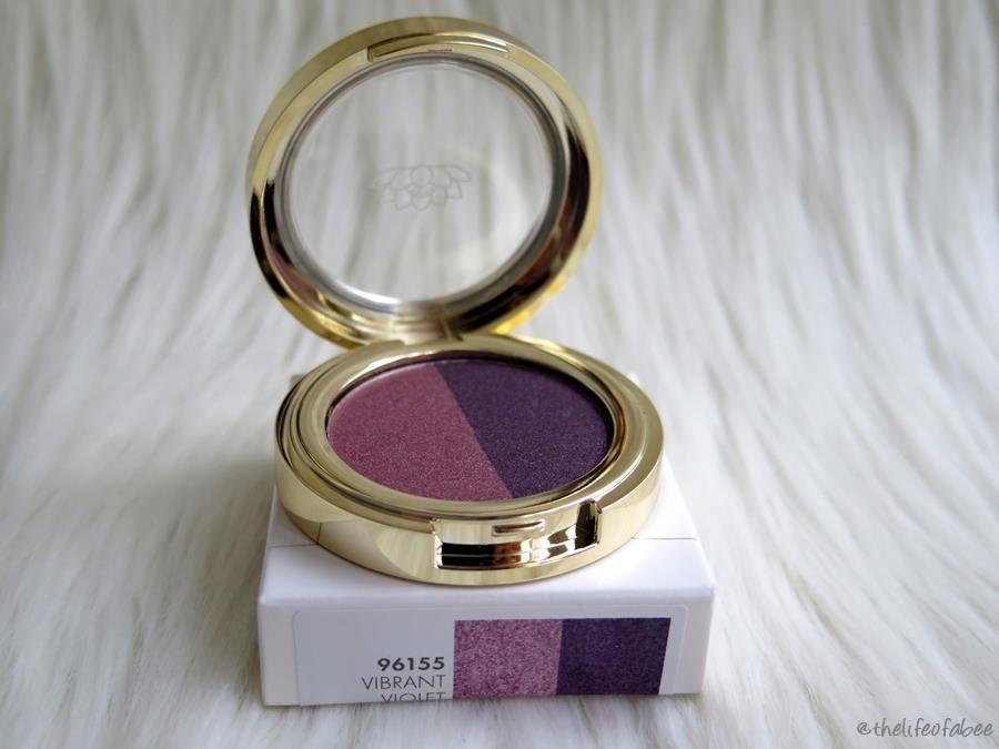 lakshmi recensione swatch ombretto vibrant violet