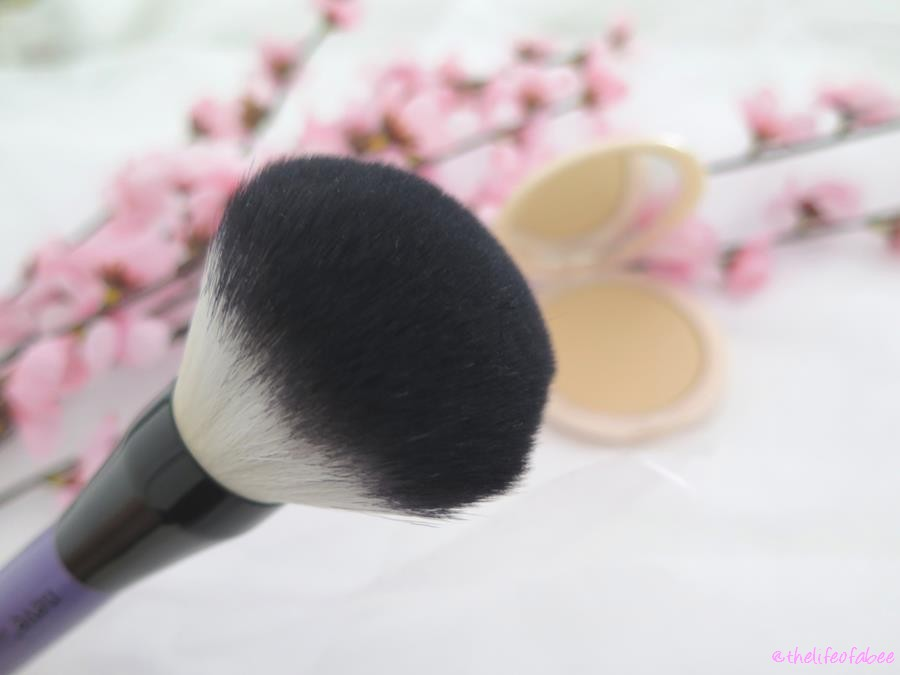 alabaster touch neve cosmetics recensione swatch