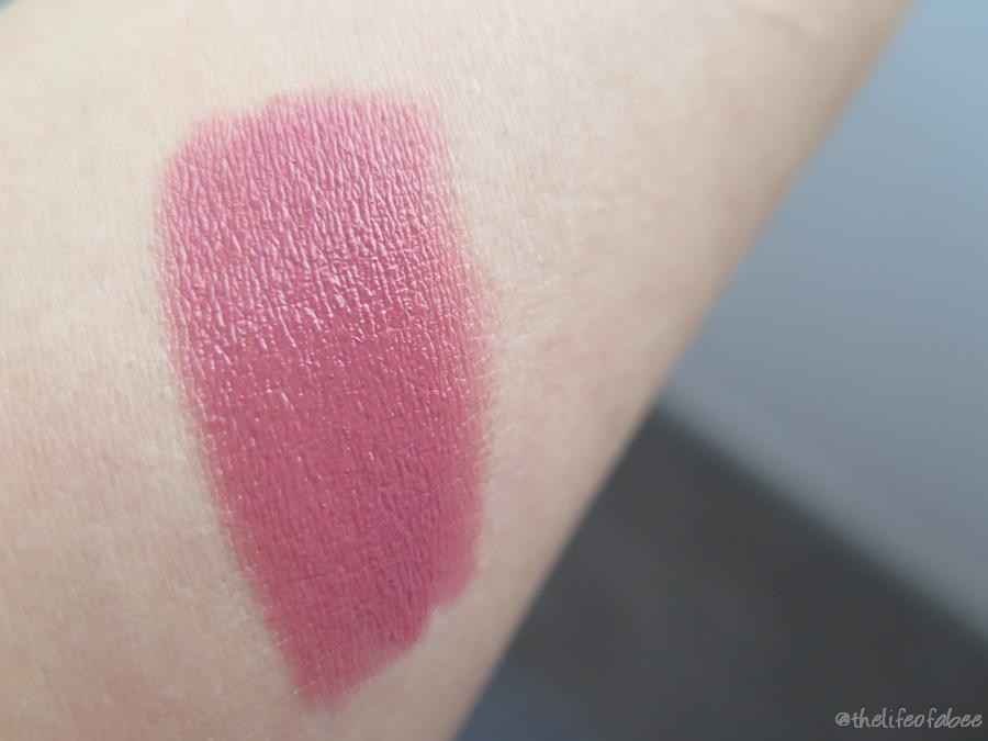nurbesten.de the hot shop lip crayon