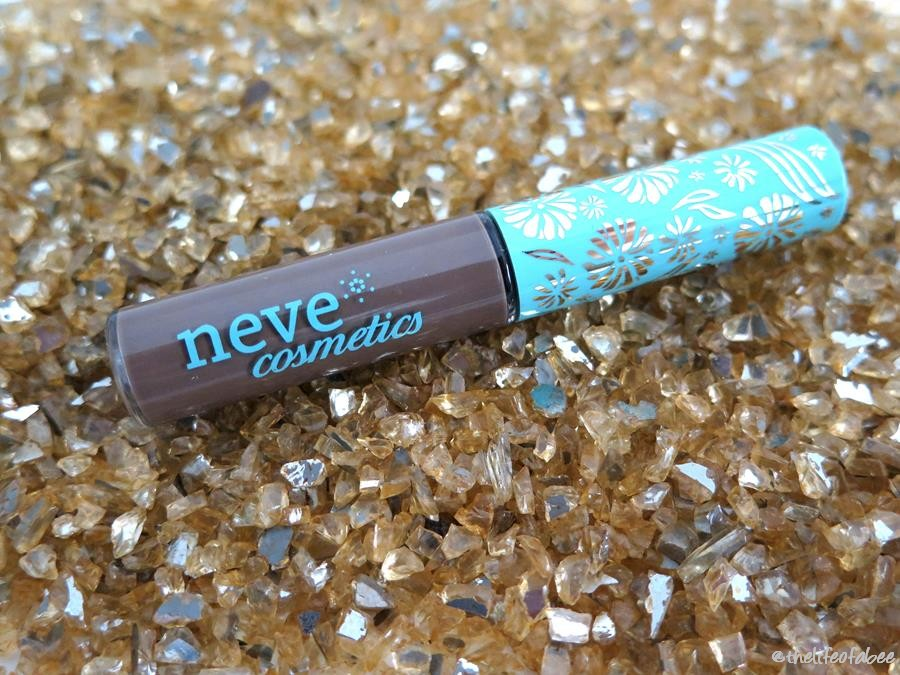 brow model neve cosmetics recensione review swatch swatches roma brown