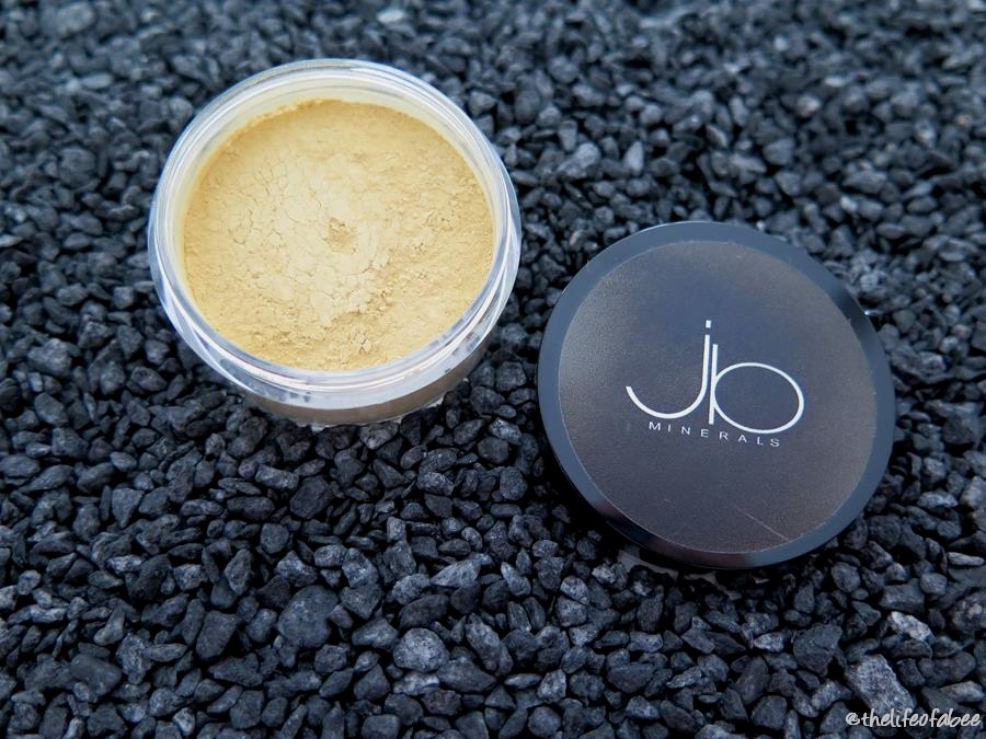 jb minerals recensione review swatch fondotinta medium beige