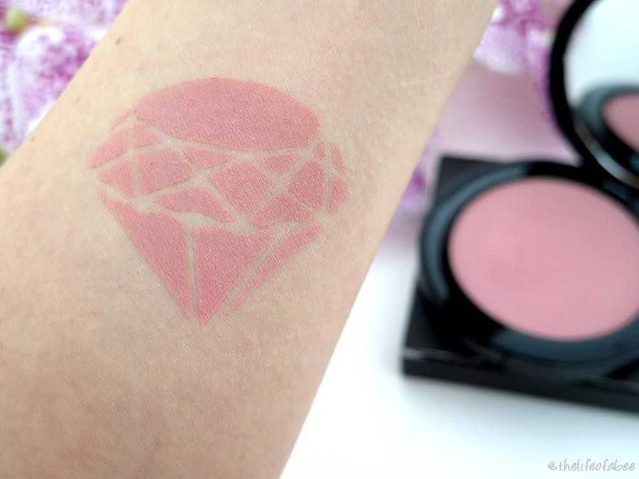 review swatches nouveau cosmetics blush dusty rose