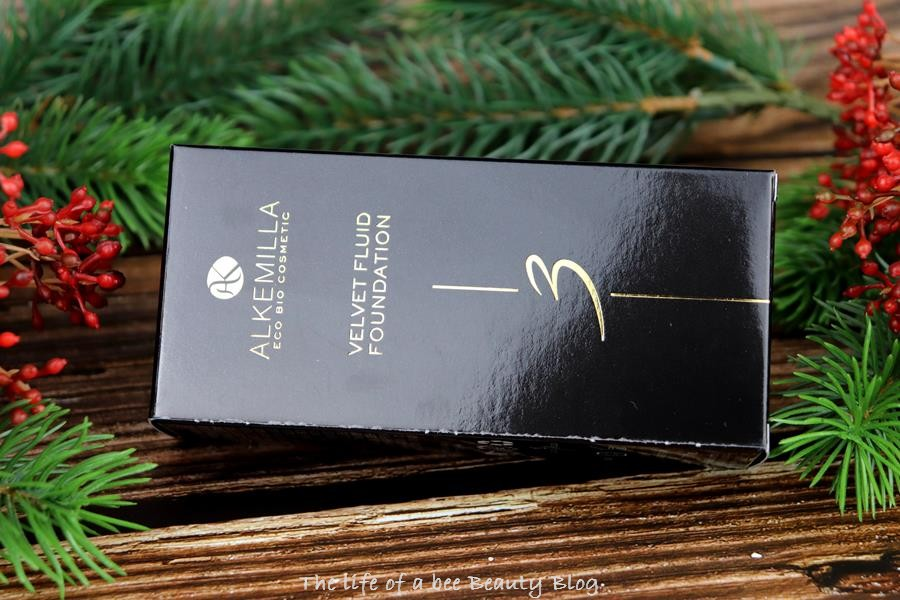 recensione swatches Velvet Fluid Foundation Alkemilla