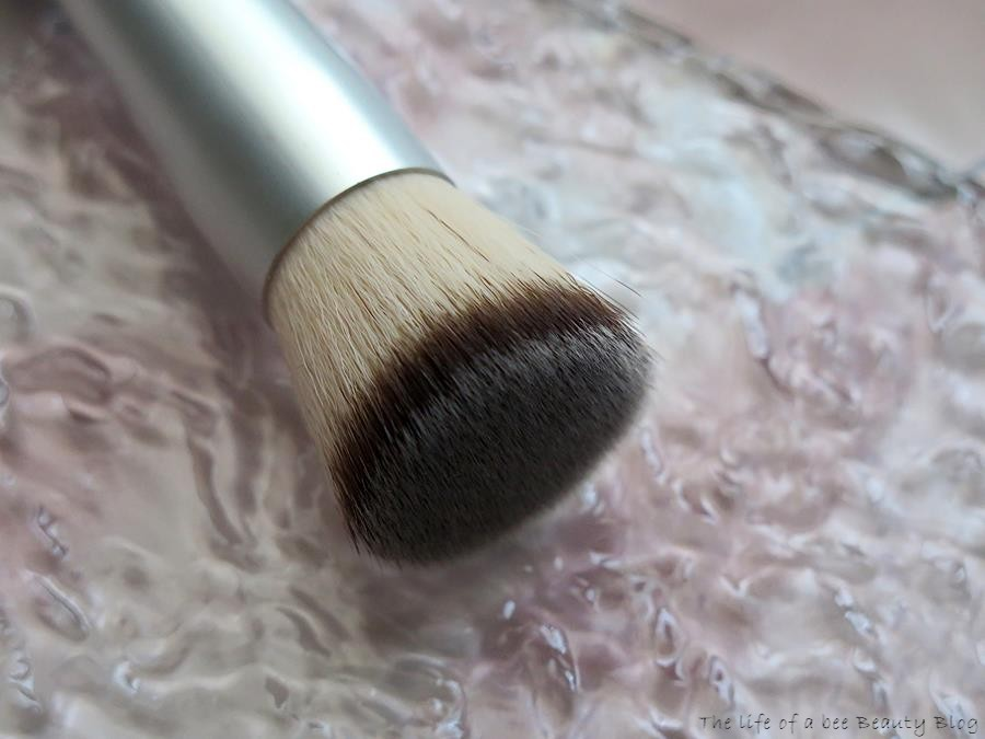 amilà clean beauty pennelli recensione review contouring brush